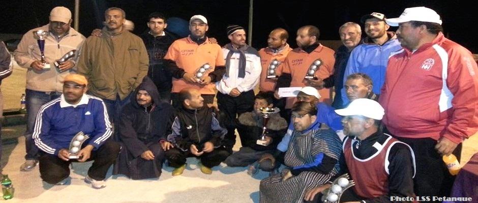 المتوجون في دوري نادي الدراركة للكرة الحديدية 2015