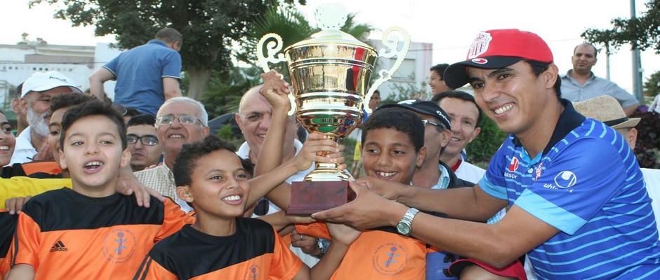 فريق انزا حسنية اكادير الفائز بلقب دوري ايزوران نوكادير 2016