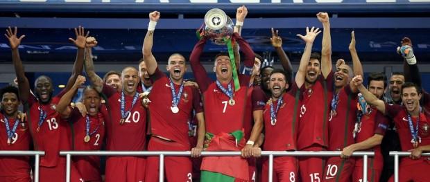 المنتخب البرتغالي بطل يورو 2016